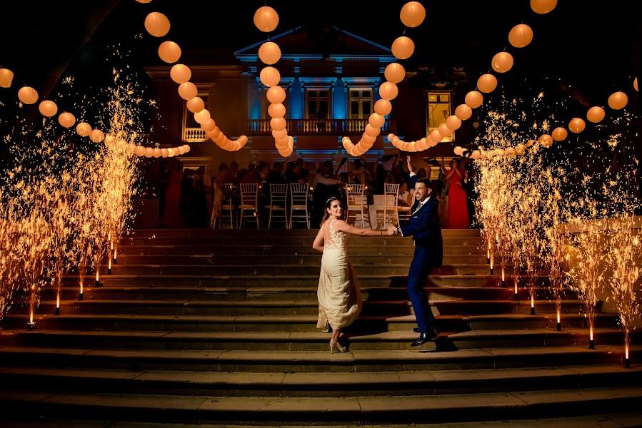 Wedding photographer Olmo Del valle (olmodelvalle). Photo of 12.06.2019