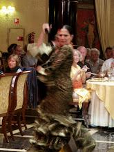 Photo: Erika y Felix, Bewegung! 3. Versuch: die Flamenco Tänzerin bewegt sich