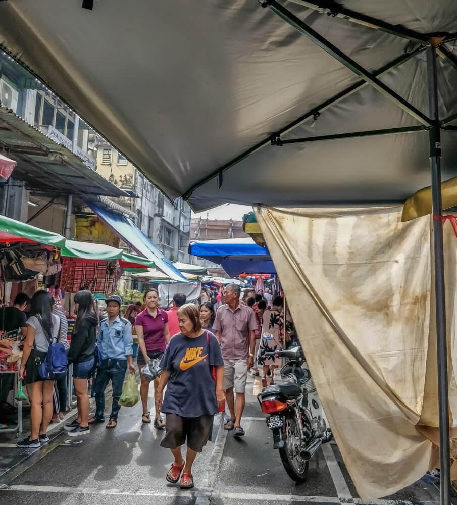 streets+market+penang+malaysia