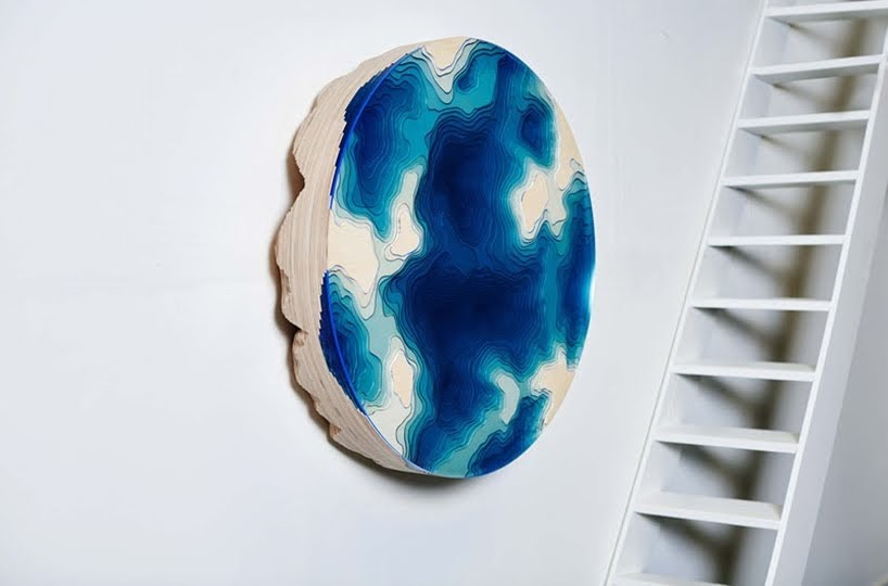 Abyss Wall Relief, una pieza de pared escultórica por Christopher Duffy