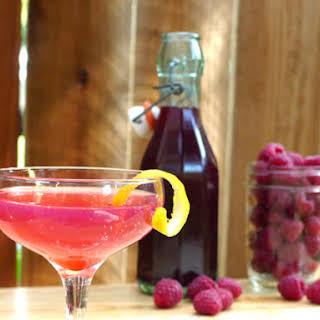 DIY Raspberry Liqueur.