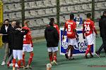 Standard-spelers in zak en as en sturen kat naar persconferentie na de match