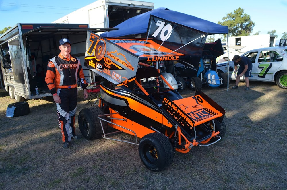 Local speedway driver Scott Connole won the Formula 500 division at the Northwest Speedway Club's meeting at Newtown Park track on Saturday.