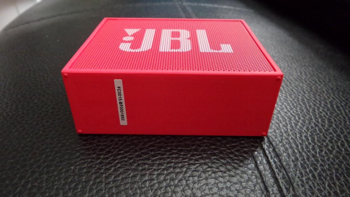 jbl_go_under