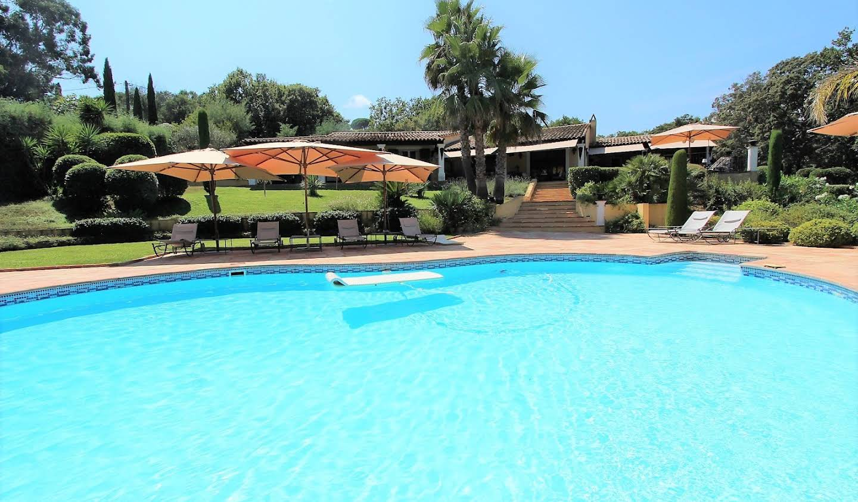 Property with pool La Croix-Valmer