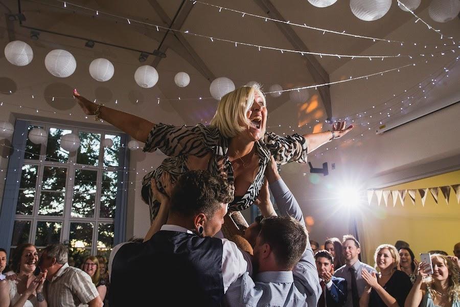 Wedding photographer Aaron Storry (aaron). Photo of 18.01.2018
