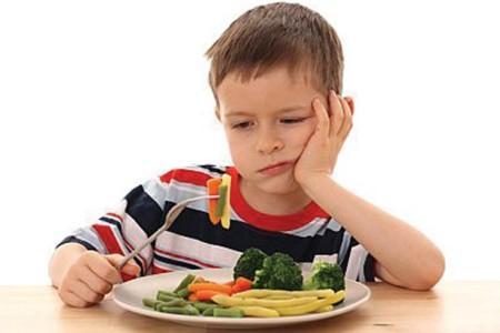 Tăng nguy cơ mắc bệnh khi trẻ lười ăn rau.