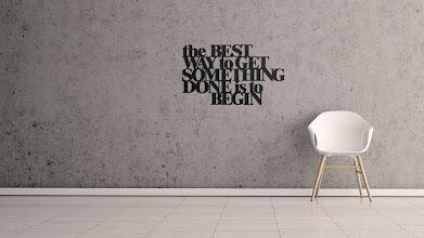 Photo: DekoSign napis dekoracyjny na ścianę THE BEST WAY TO GET SOMETHING DONE IS TO BEGIN TBW1-1 169 zł
