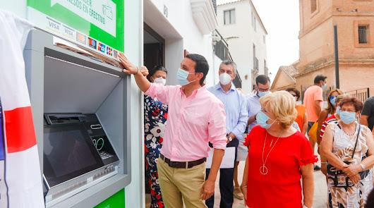 La red de cajeros de la Almería despoblada ahorra 150 desplazamientos al mes