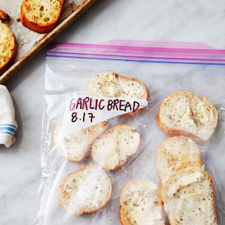 How to Make Frozen Garlic Bread Recipe