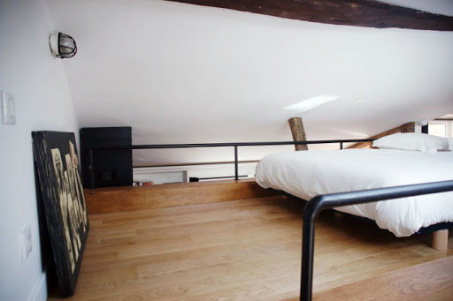 st germain apartment bedroom