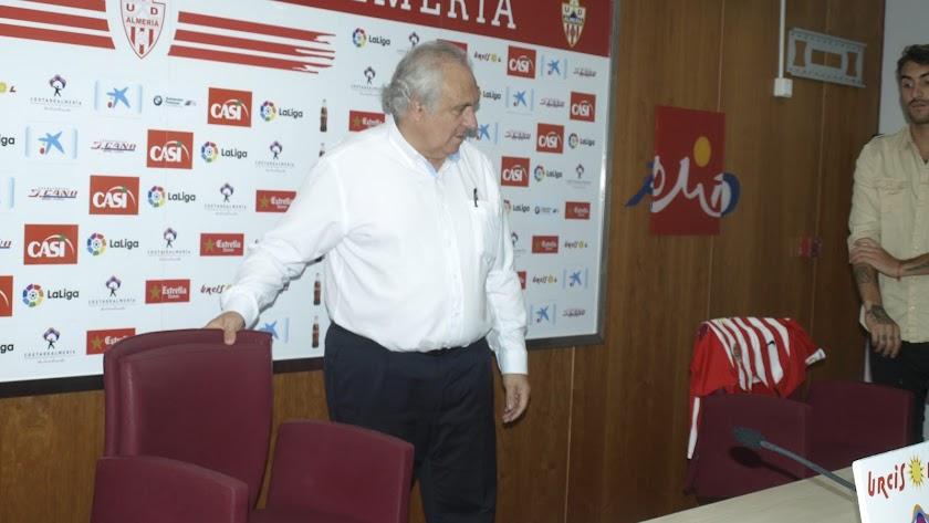 El Almería firmará en breve un lateral derecho