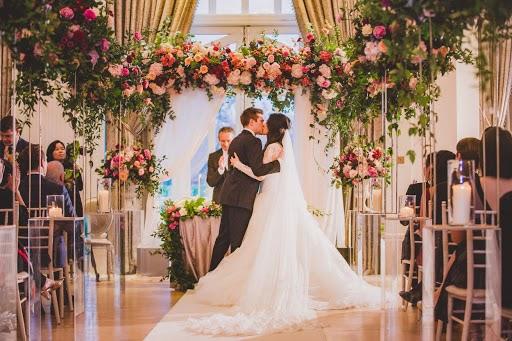 Fotografo di matrimoni Alfred Man (Valostudio). Foto del 09.04.2019