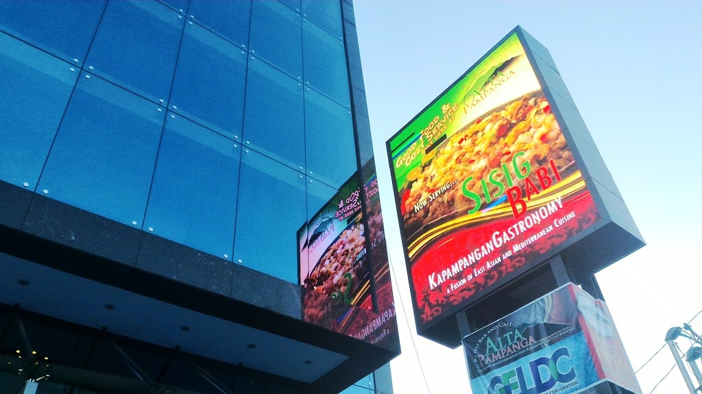THE 6M X 4M LED OUTDOOR SIGNAGE