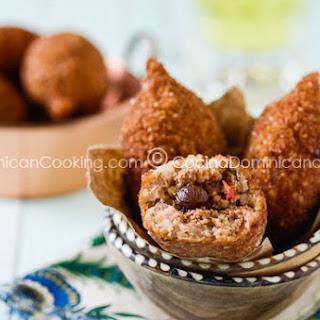 Kipe or Quipe Recipe (Deep Fried Bulgur Roll).