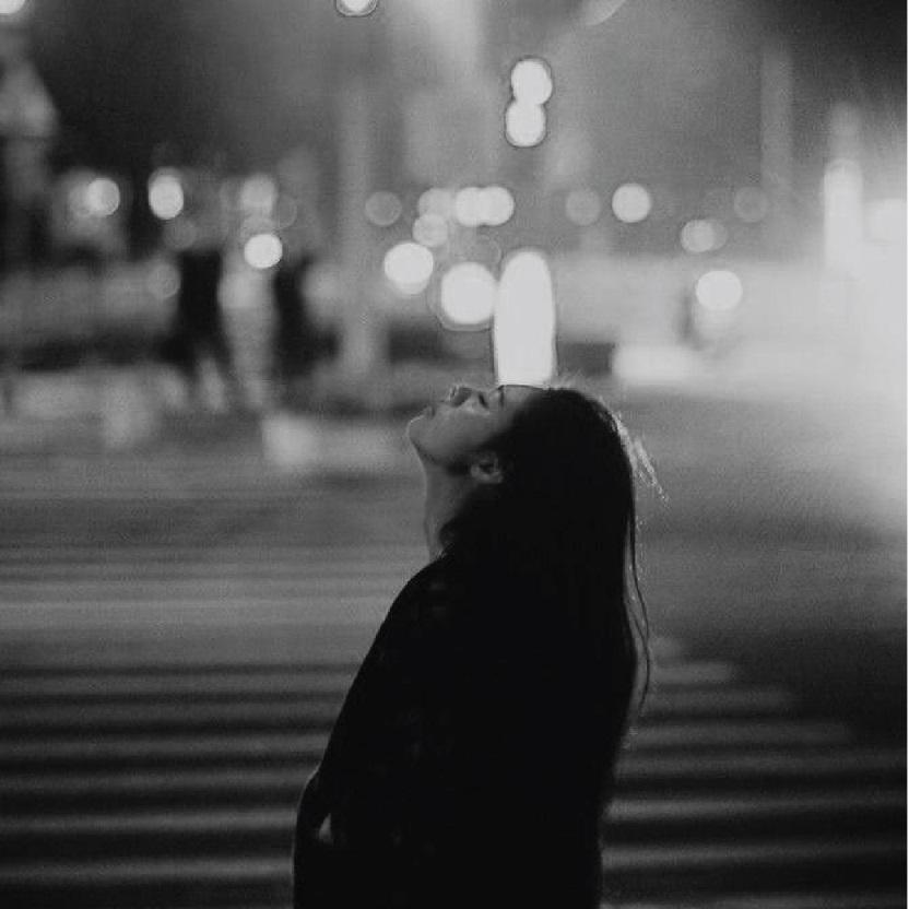 6. กลัวการอยู่คนเดียว