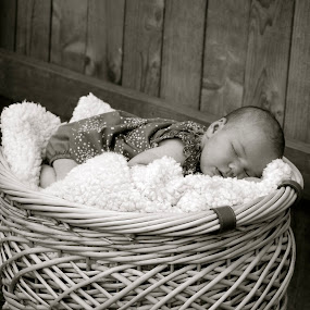 by Amber Thomas - Babies & Children Babies ( black and white, paisley may )
