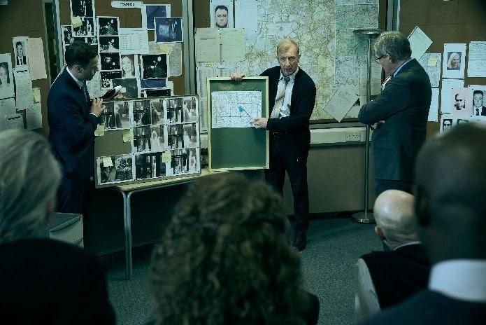 Manhunt - serie dirigida por Marc Evans - Filmin - CINEMAGAVIA