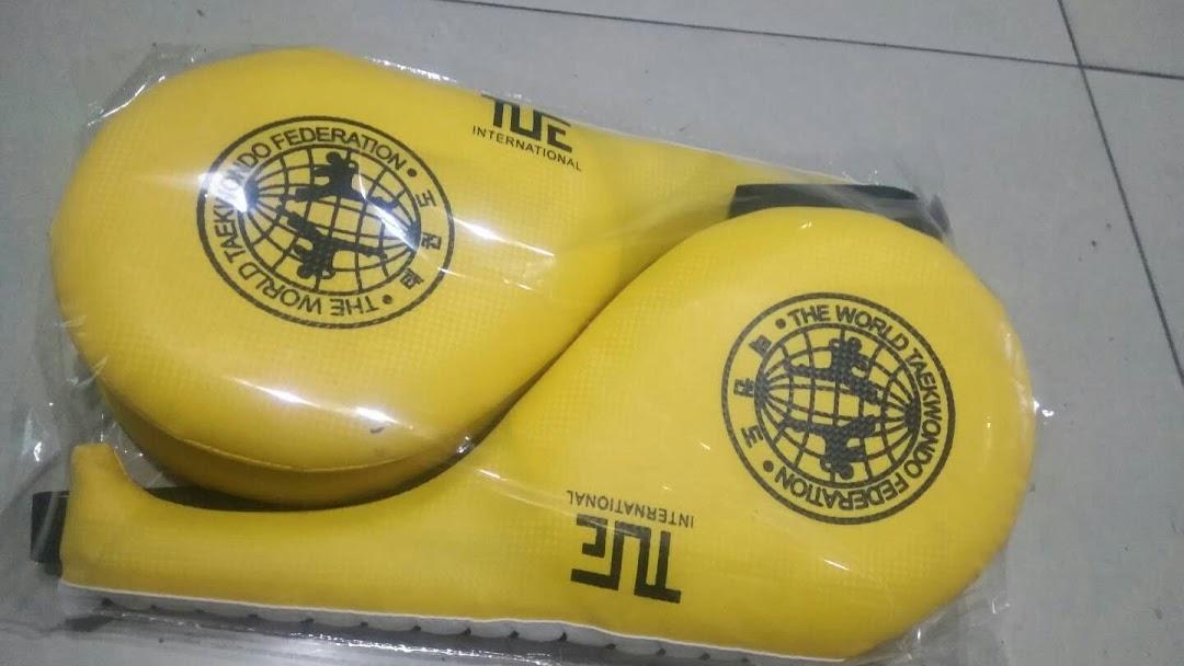Taekwondo uniform & Equipment - Martial Arts Supply Store in