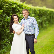 Wedding photographer Yaroslav Skuratov (Skuratov). Photo of 06.02.2016