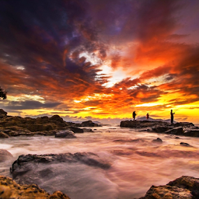 Red sky at sunset  by Dany Fachry - Landscapes Beaches