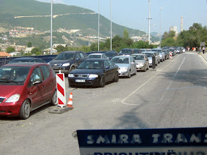 Photo: Autojonoa Kosovon rajalla