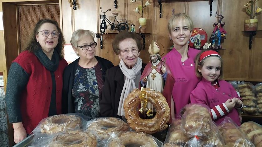 Cinco generaciones de confitería 'La Polaca' mantienen su tradicional receta con casi 150 años de antigüedad.