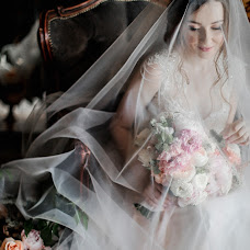 Wedding photographer Anna Kozdurova (Chertopoloh). Photo of 20.06.2018