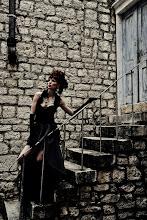 """Photo: Téma výstavy: """"Fashion & glamour"""" - Hvar 2011 (na fotografiích jsou k vidění české modelky). Autor: Marcel Chrubasík, student 2. A. Na této fotografii je modelka Kateřina."""