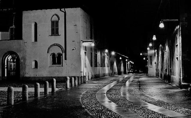 la strada di notte di fb