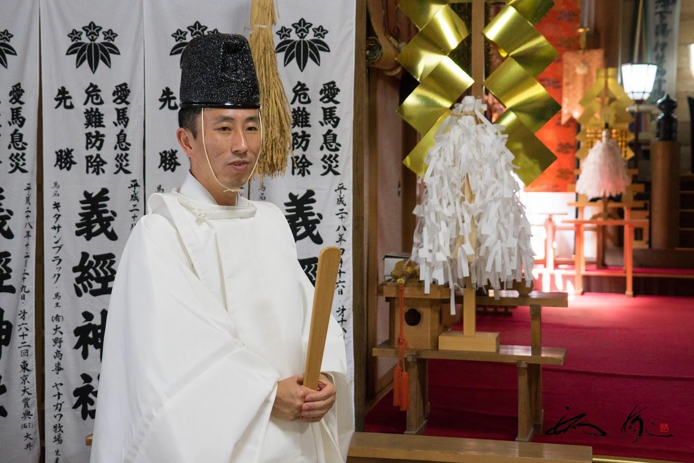 義経神社・三上智彦宮司