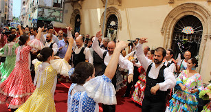 Grupo Municipal de Folclore de la Virgen del Mar en la inauguración de la Feria del Mediodía.