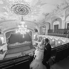 Wedding photographer Nikolay Apostolyuk (desstiny). Photo of 21.02.2015