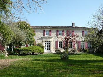 maison à Sainte-severe (16)