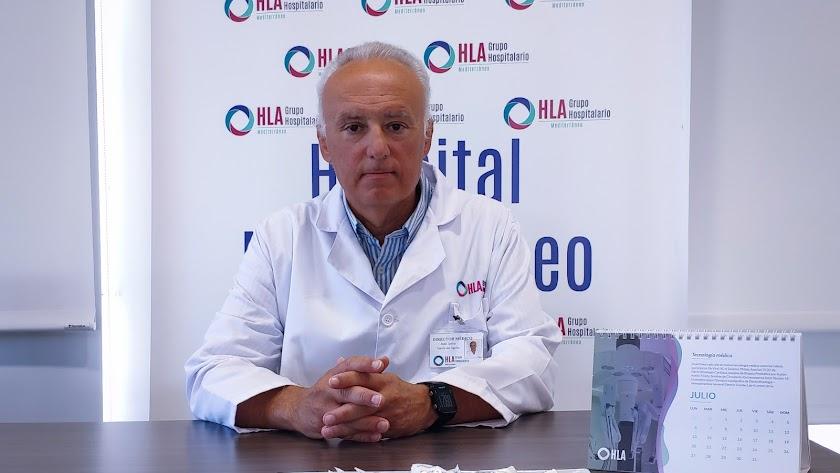 El Dr. José Javier García del Águila.