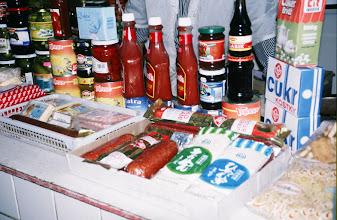Photo: 03106 ウランバートル/風景/ダライ・エージ(海の母)/食料品専門の市場/輸入チーズ/ソーセージ/ケチャップ