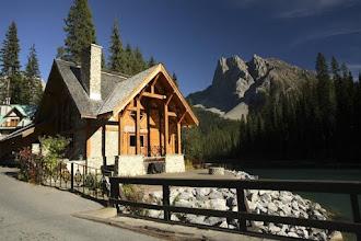 Photo: Emerald Lake Day Lodge - Field, BC IBI Group Architects
