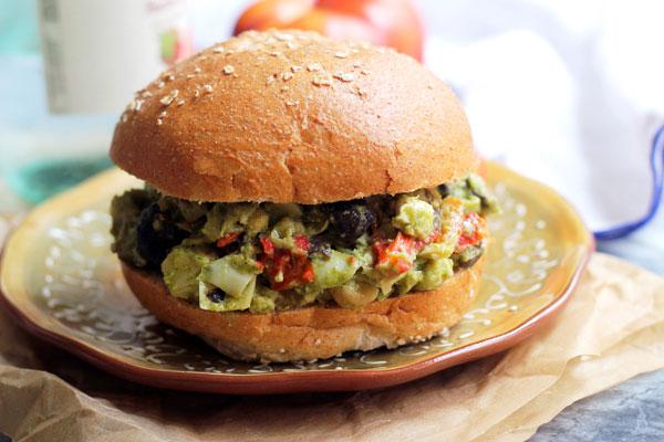 Mediterranean Pesto Chickpea Salad Recipe