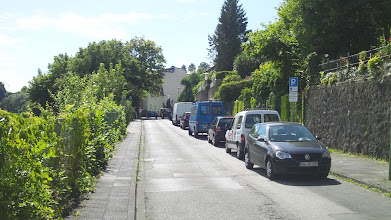 Photo: Die Straße ,Elfriedenhöhe' in Richtung Böhmerstraße gesehen.
