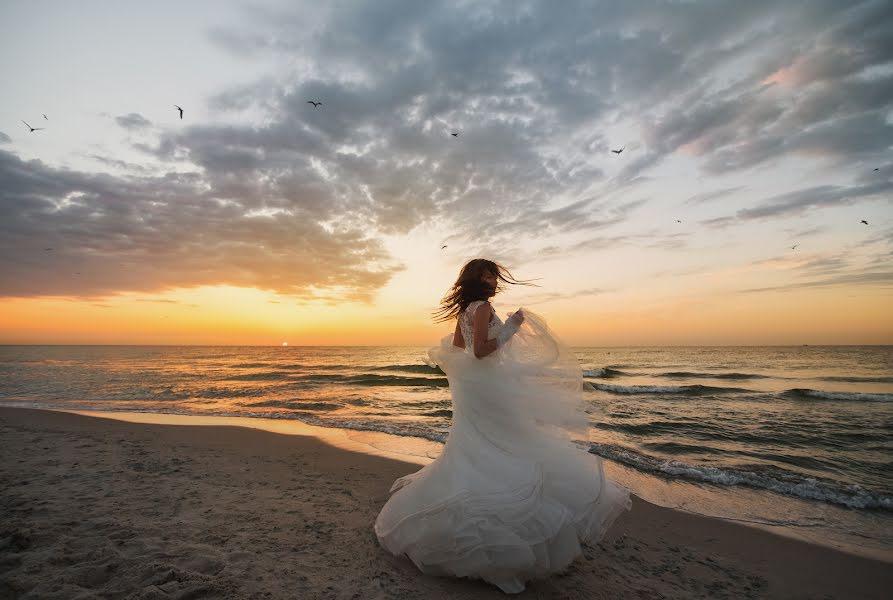 Wedding photographer Volodymyr Harasymiv (VHarasymiv). Photo of 06.12.2017