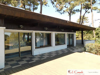 Villa 8 pièces 145 m2