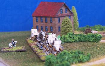 Photo: Le truppe di Bougainville provenienti da Montreal (nella realtà mai arrivate sul campo di battaglia).Miniature Baccus, materiale scenico autocostruito.