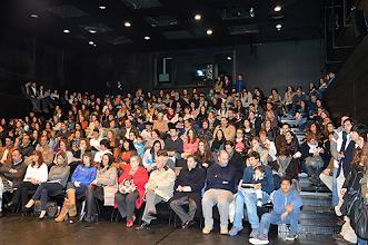 Photo: O pequeno auditório ficou completamente lotado