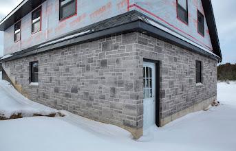 Photo: Estate Stone Wiarton Blend