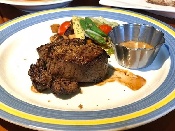 新竹最好吃牛排:BBQ HOUSE / 新竹秤重牛排