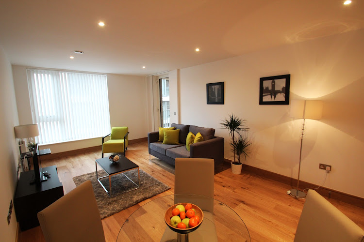 Fusion Court Serviced Apartments, Shoreditch living room