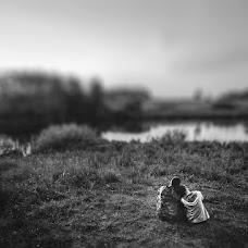 Wedding photographer Denis Kovalev (Optimist). Photo of 16.12.2015