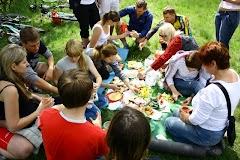 Пикник - самый важный пункт программы
