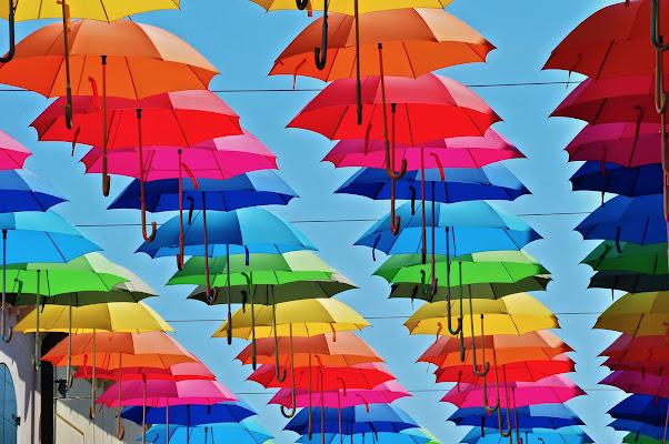 marzo pazzerello (pioggia di colori) di kaos