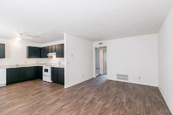 Go to Two Bed, One Bath Premium Floor Plan page.